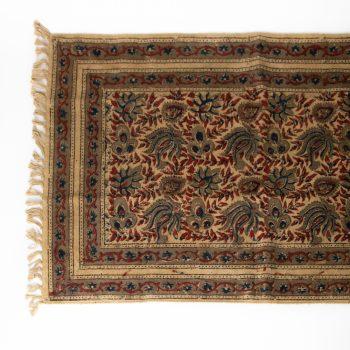 Henna flower rug   Gallery 1   TradeAid