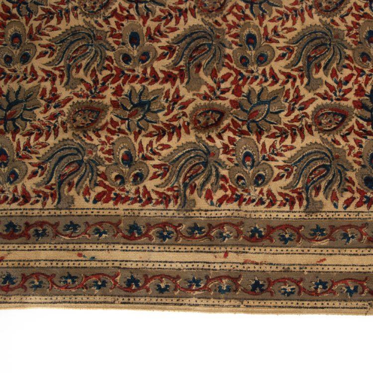Henna flower rug   Gallery 2   TradeAid
