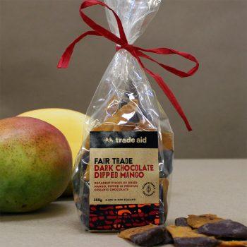 Dark chocolate dipped mango – limited edition | Gallery 1 | TradeAid